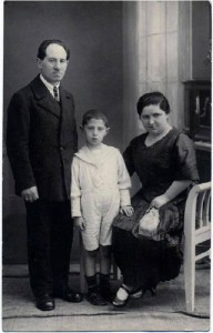 If prenatal development photos were enough to teach people about abortion, this photo of a Jewish family would be enough to teach people about the death camps.  I don't know about you, but looking at this photo tells me nothing about Auschwitz.